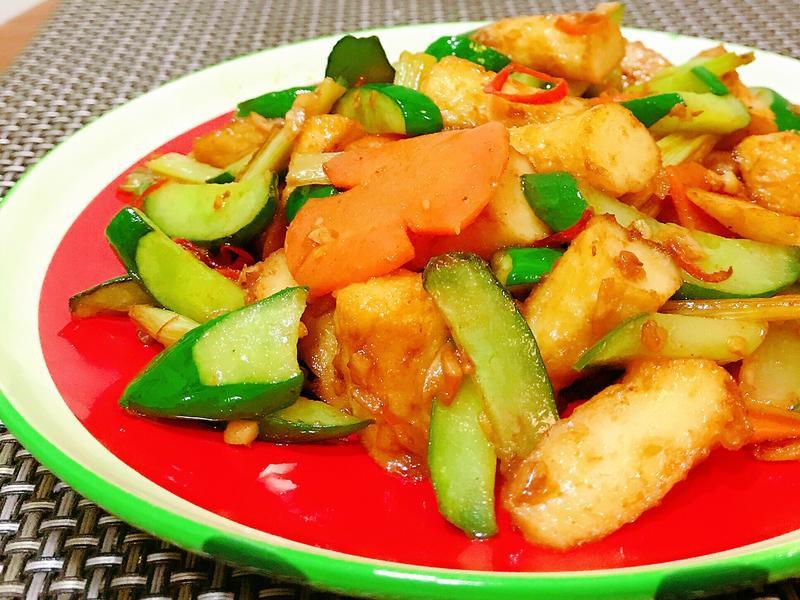 清冰箱料理 - 沙茶小黃瓜炒甜不辣