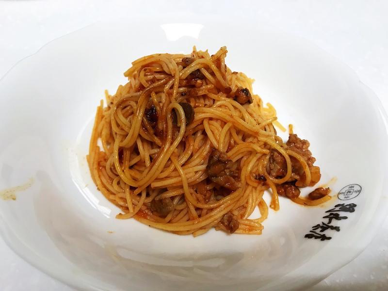 炒肉醬天使麵