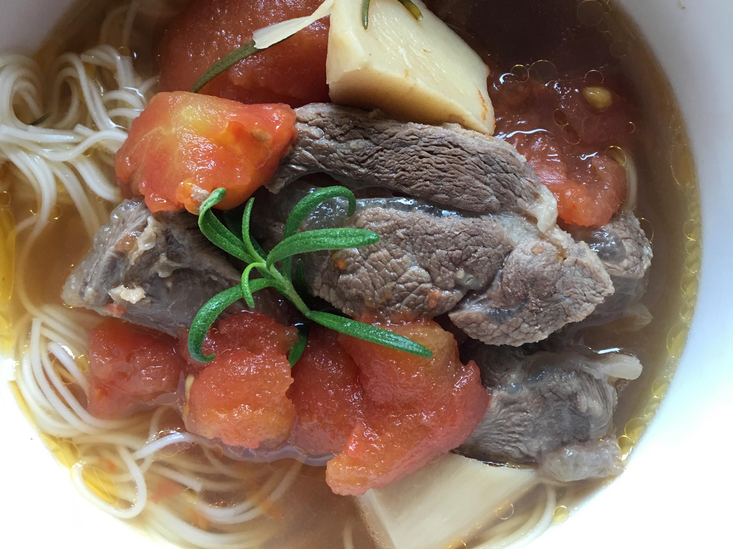 番茄牛腱湯