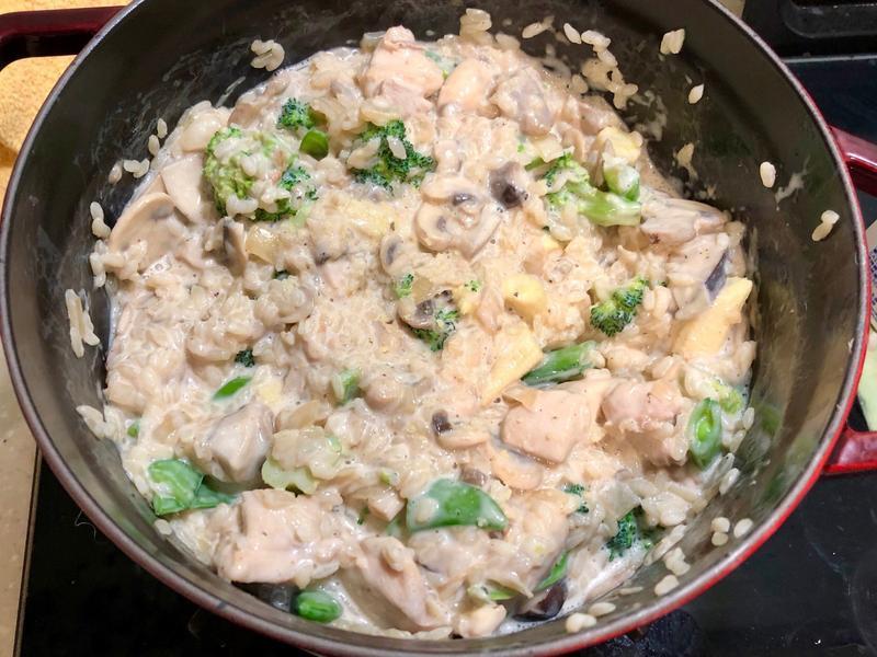 奶香時蔬雞肉燉飯