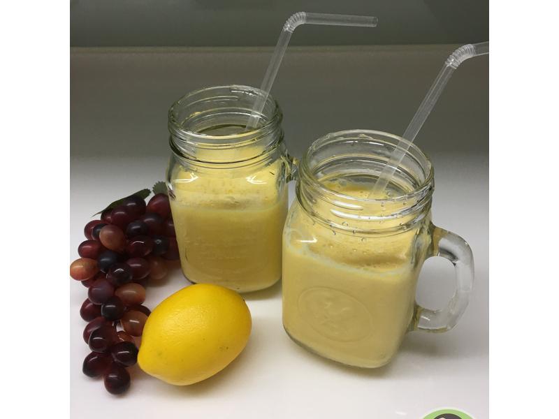 香蕉芒果優酪乳