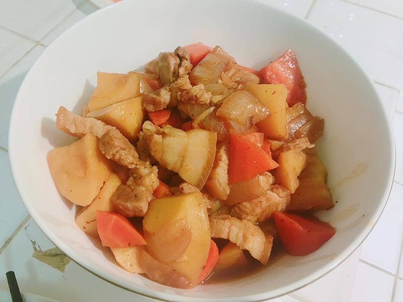 馬鈴薯燉肉🥔
