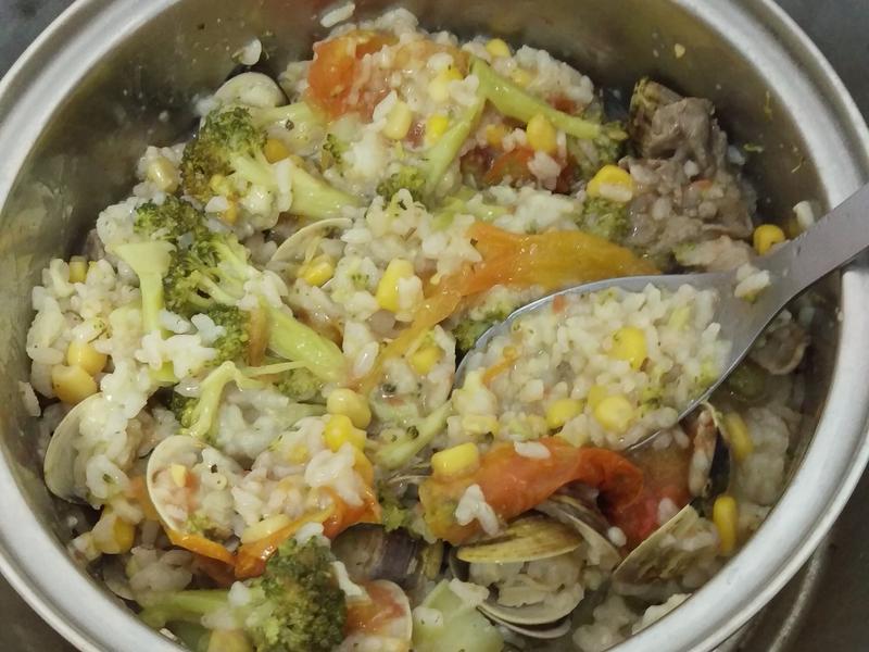 電鍋番茄蛤蜊飯