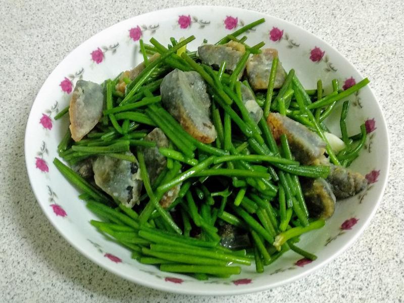 皮蛋炒水蓮
