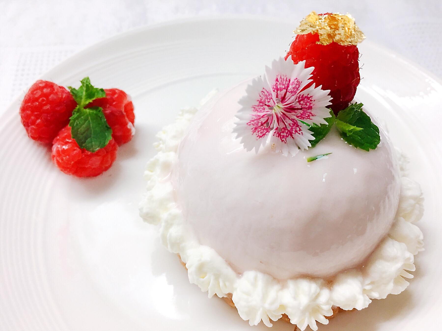 覆盆莓慕絲圓頂鏡面蛋糕