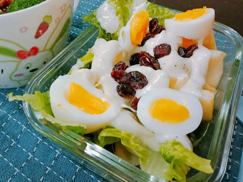 簡單水煮蛋沙拉