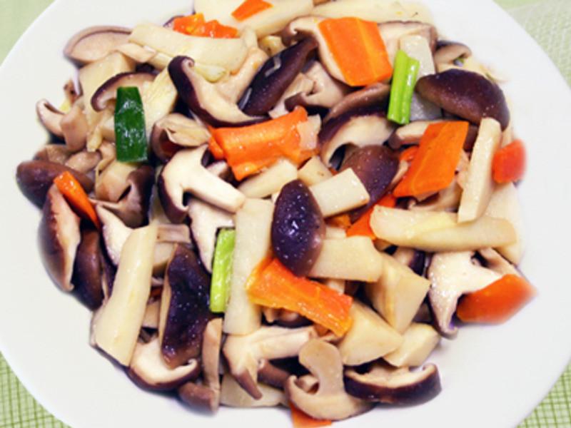 【厚生廚房】筍片炒香菇