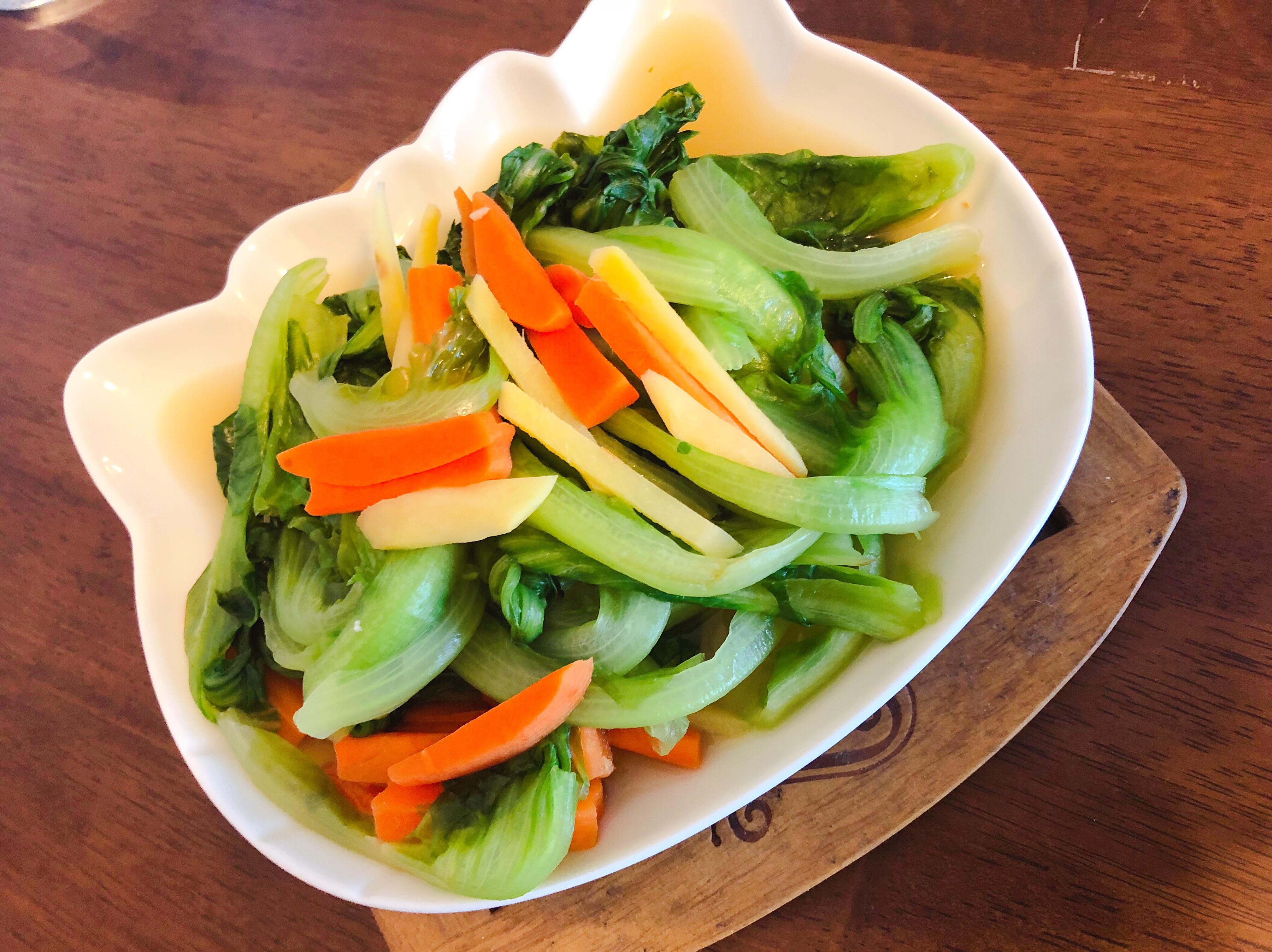 薑味紅蘿蔔🥕炒大陸妹