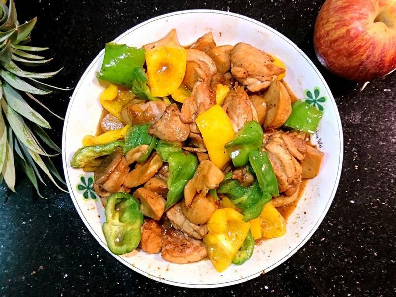 紅燒雙椒菇菇雞