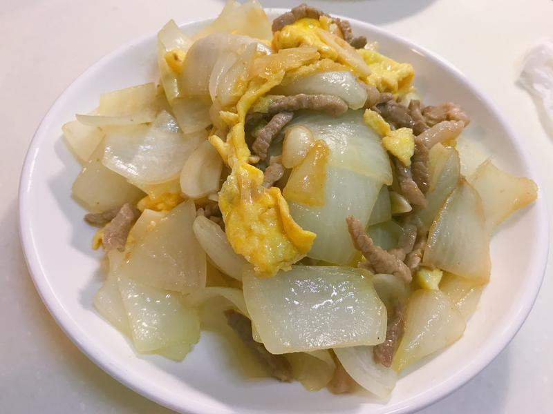 洋蔥蛋炒肉絲