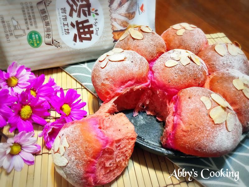 紅龍果乳酪手撕餐包【麥典麵包專用粉】