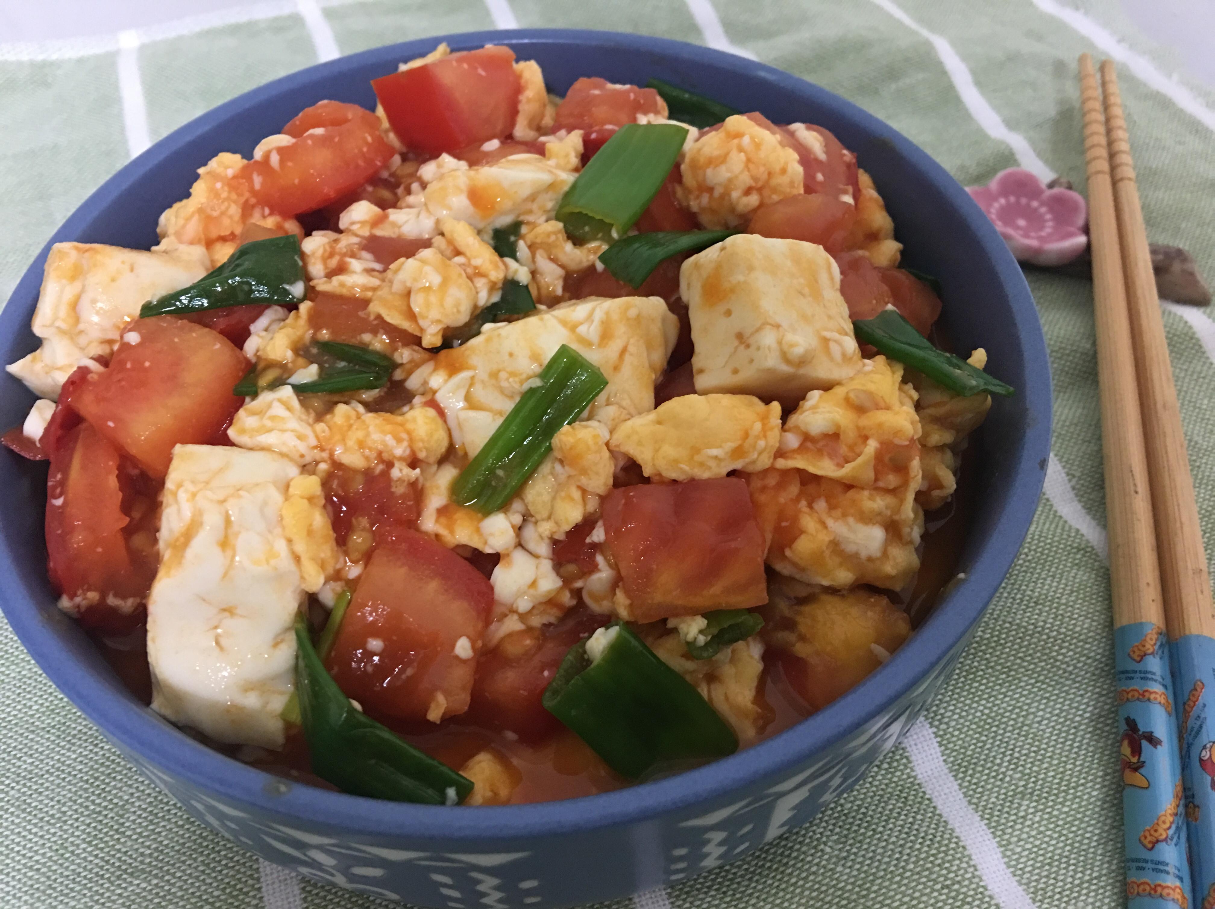 蕃茄豆腐炒土雞蛋