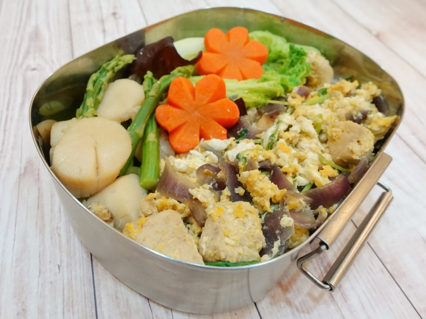 簡單低脂餐!軟嫩雞胸肉親子丼