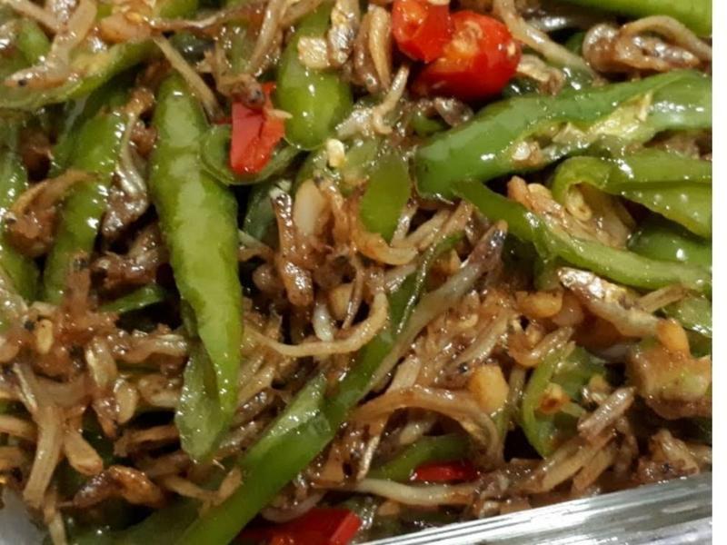 糯米椒炒豆干小魚