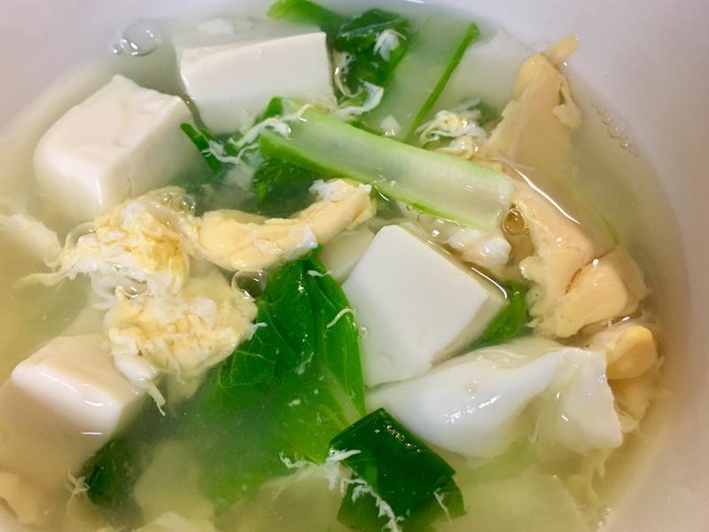 青菜豆腐蛋花湯