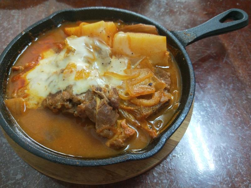韓式辣醬馬鈴薯排骨湯