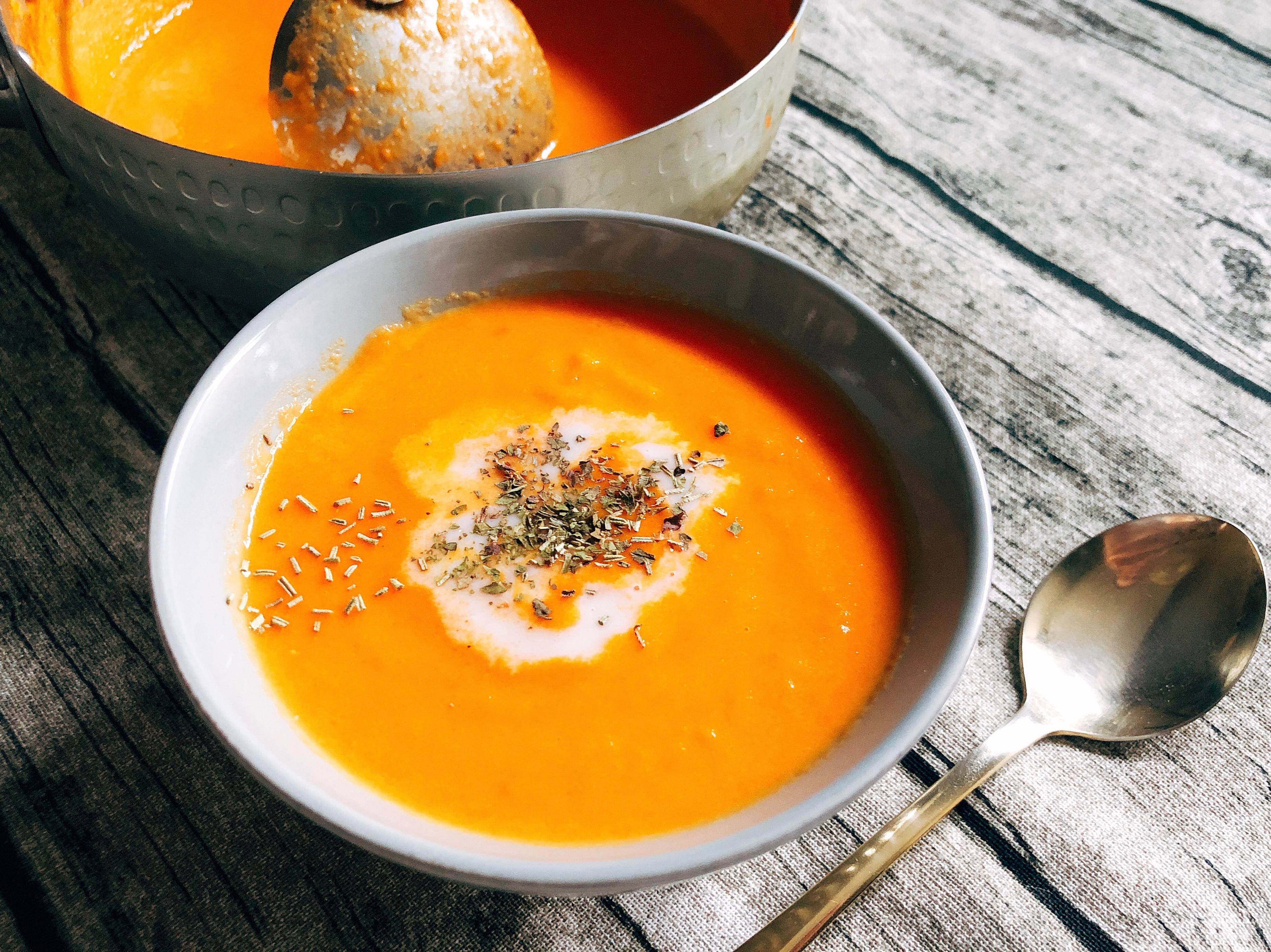 紅蘿蔔蕃茄洋蔥濃湯
