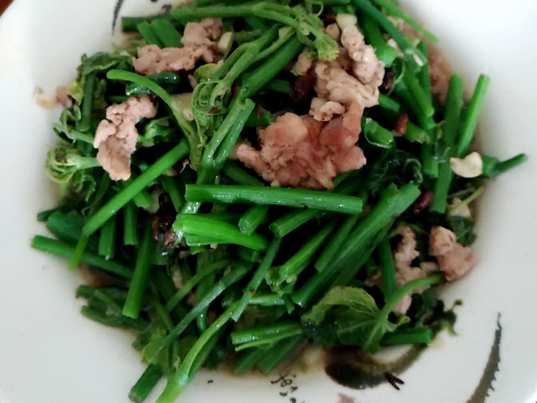 黑豆鼓炒龍鬚菜