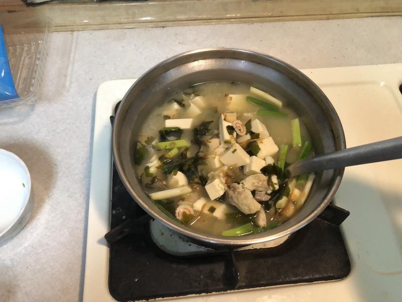 鯛魚味噌海帶豆腐湯