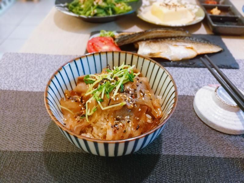 日式燒肉飯