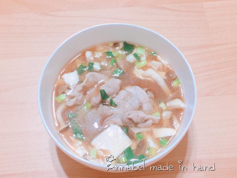 豬肉菇菇豆腐味噌湯🍲