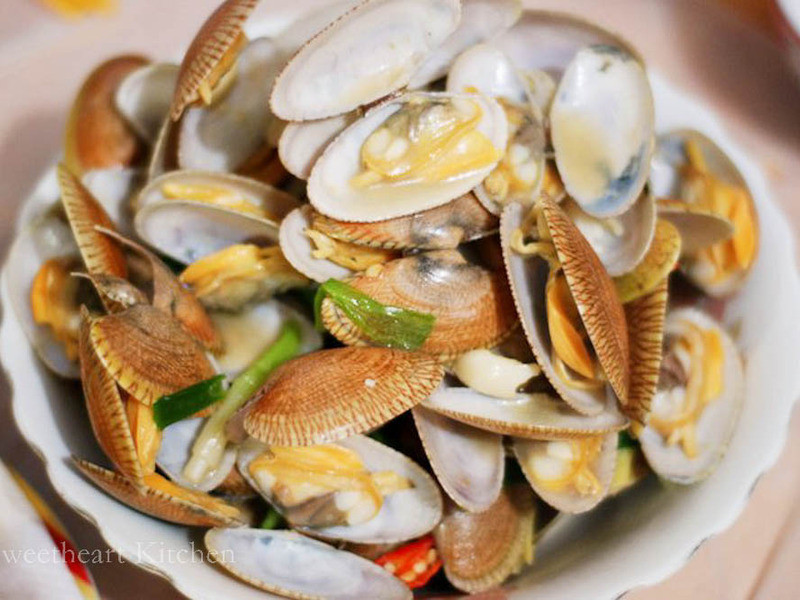 辣酒炒花甲 SPICY CLAM IN CHINESE WINE SAUCE