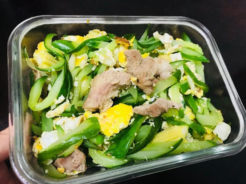 低碳減肥餐。小黃瓜🥒炒蛋
