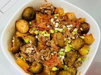 好下飯:泡菜煮豬肉馬鈴薯