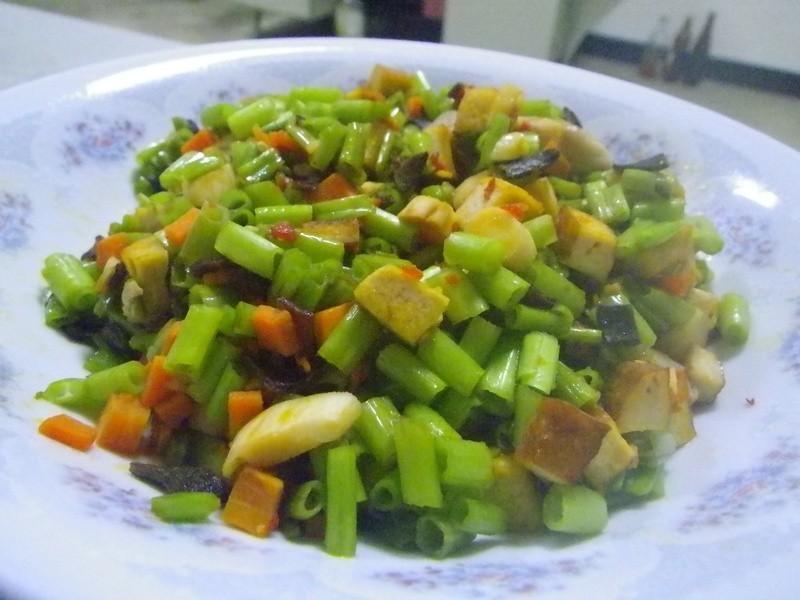 辣豆瓣空心菜