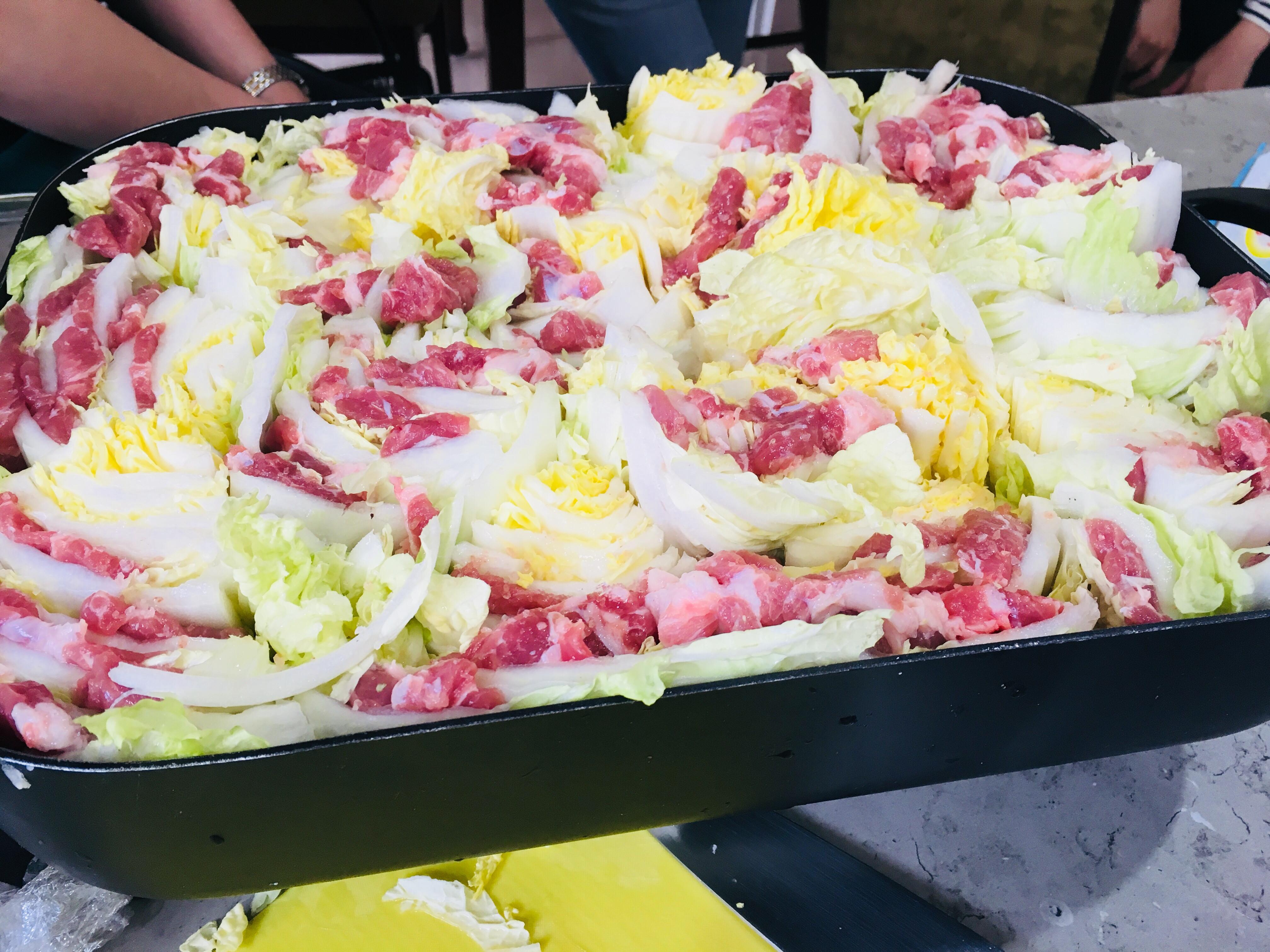 千層菜包肉鍋(唰唰鍋)