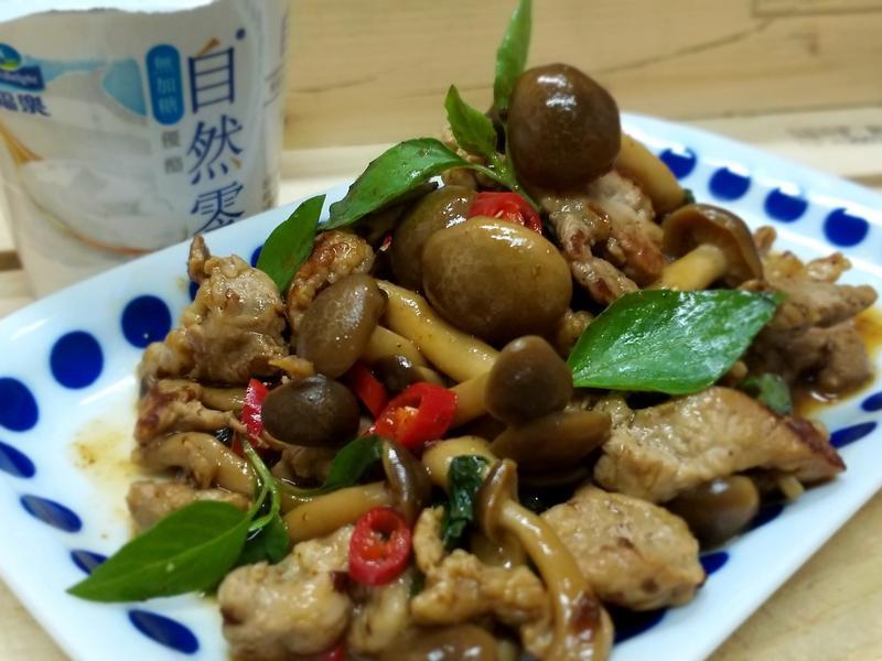 塔香蕈菇豬肉絲~低油低醣優酪便當菜下酒菜