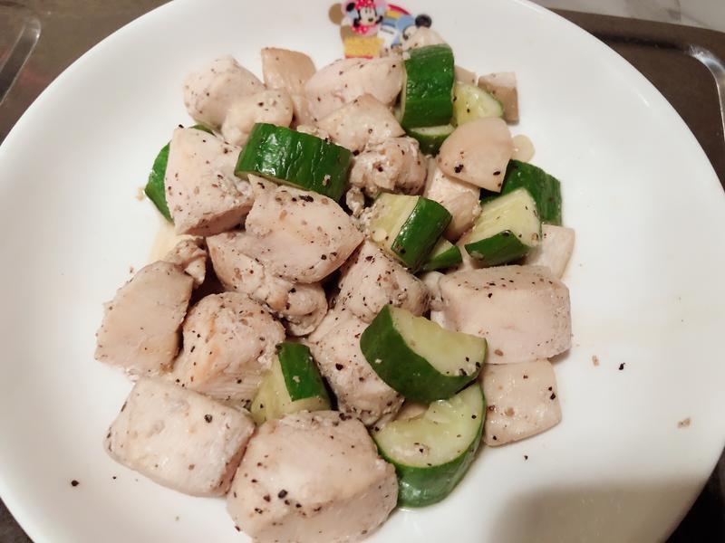黑椒炒黃瓜雞丁
