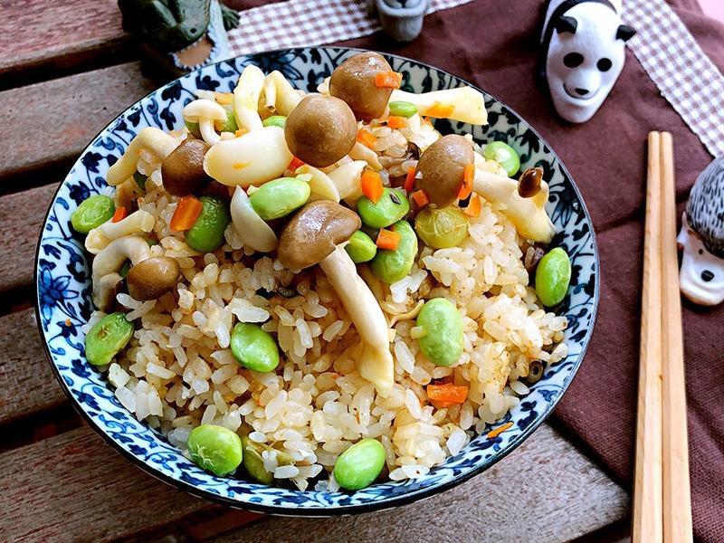 蒜香鮮菇炊飯【好菇道親子食光】