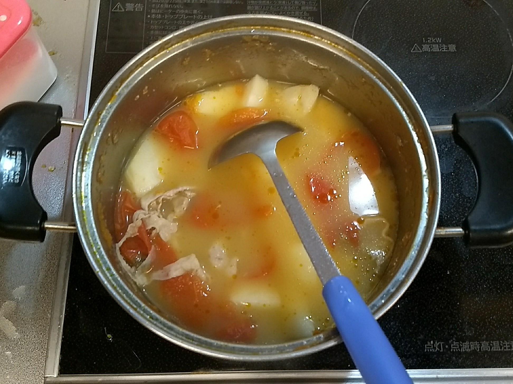 薯仔蕃茄湯