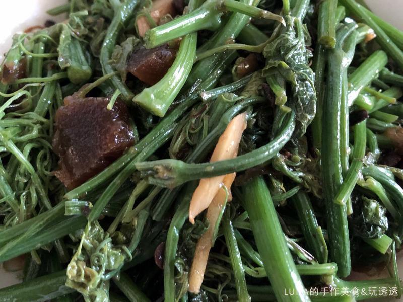 超好吃的客家菜『蔭鳳梨醬炒龍鬚菜』