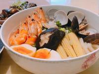 超澎湃海鮮湯烏龍麵