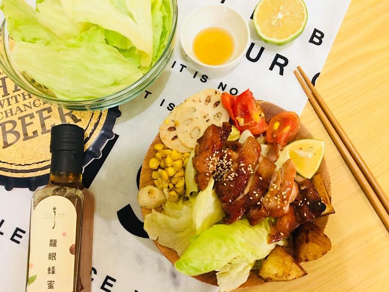 [健康又簡單]蜂蜜雞腿排沙拉