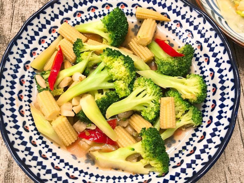 青花菜炒玉米筍🥦🌽
