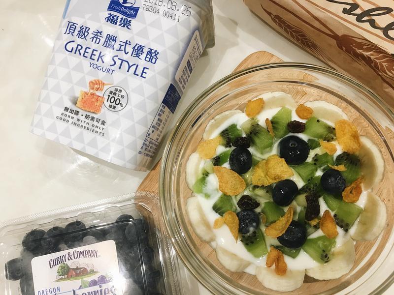 低卡 減脂|水果希臘優酪