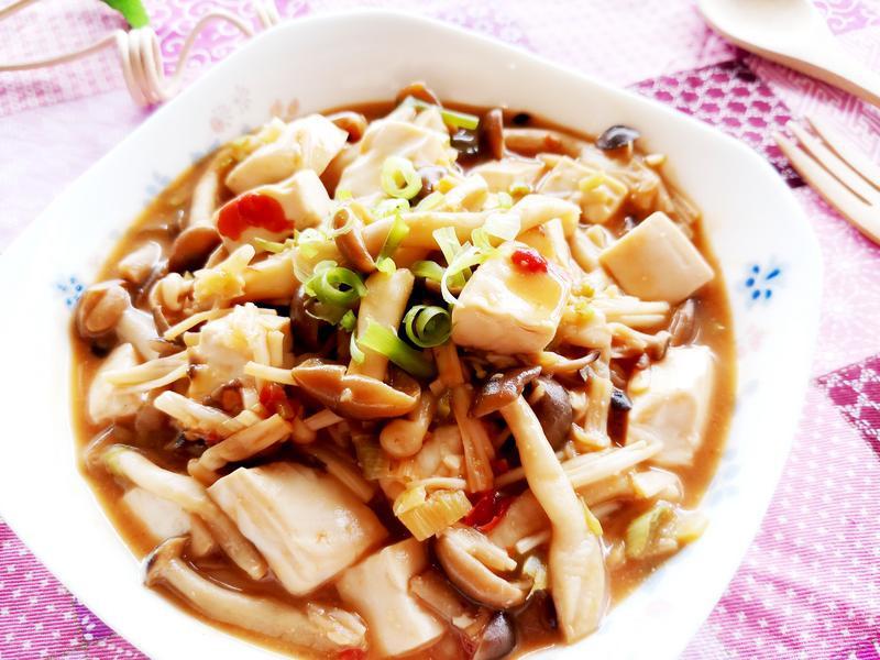 味噌醬燒鮮菇嫩豆腐【好菇道親子食光】