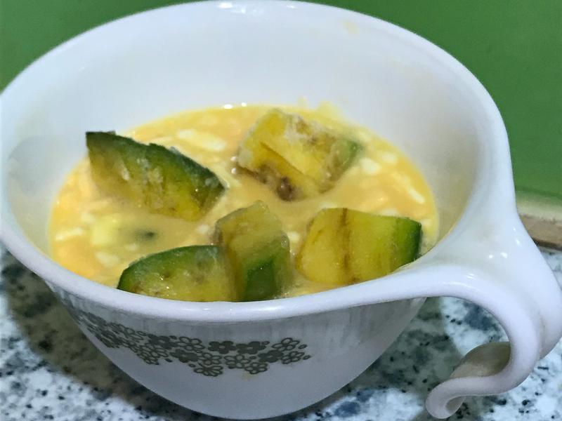寶寶副食品:乳酪絲酪梨蒸蛋 (1歲以上)