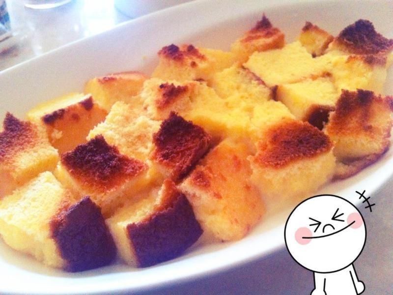 有蜂蜜香的~簡易版麵包布丁