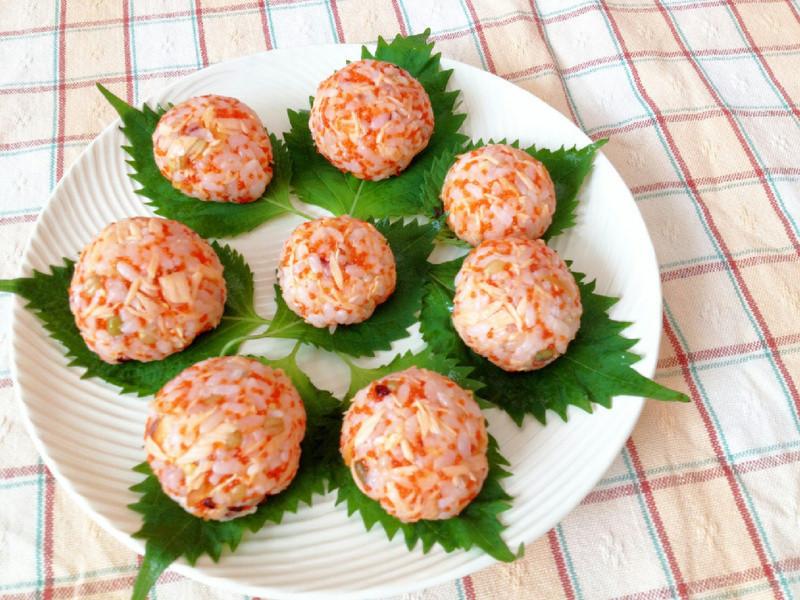 鮭魚明太子小飯糰