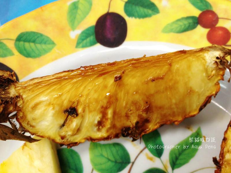創意料理。黑糖烤鳳梨(圖+文)
