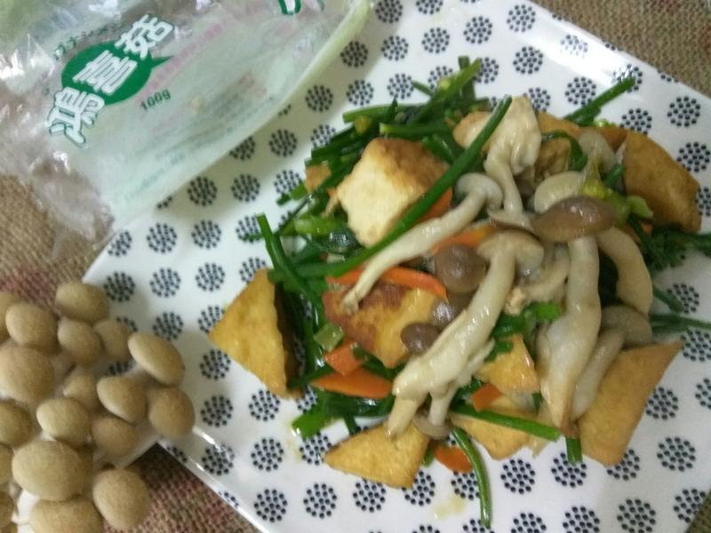 十分鐘上菜-油豆腐炒鮮蔬-好菇道親子食光