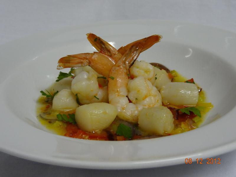 新鮮香草炒扇貝和大蝦