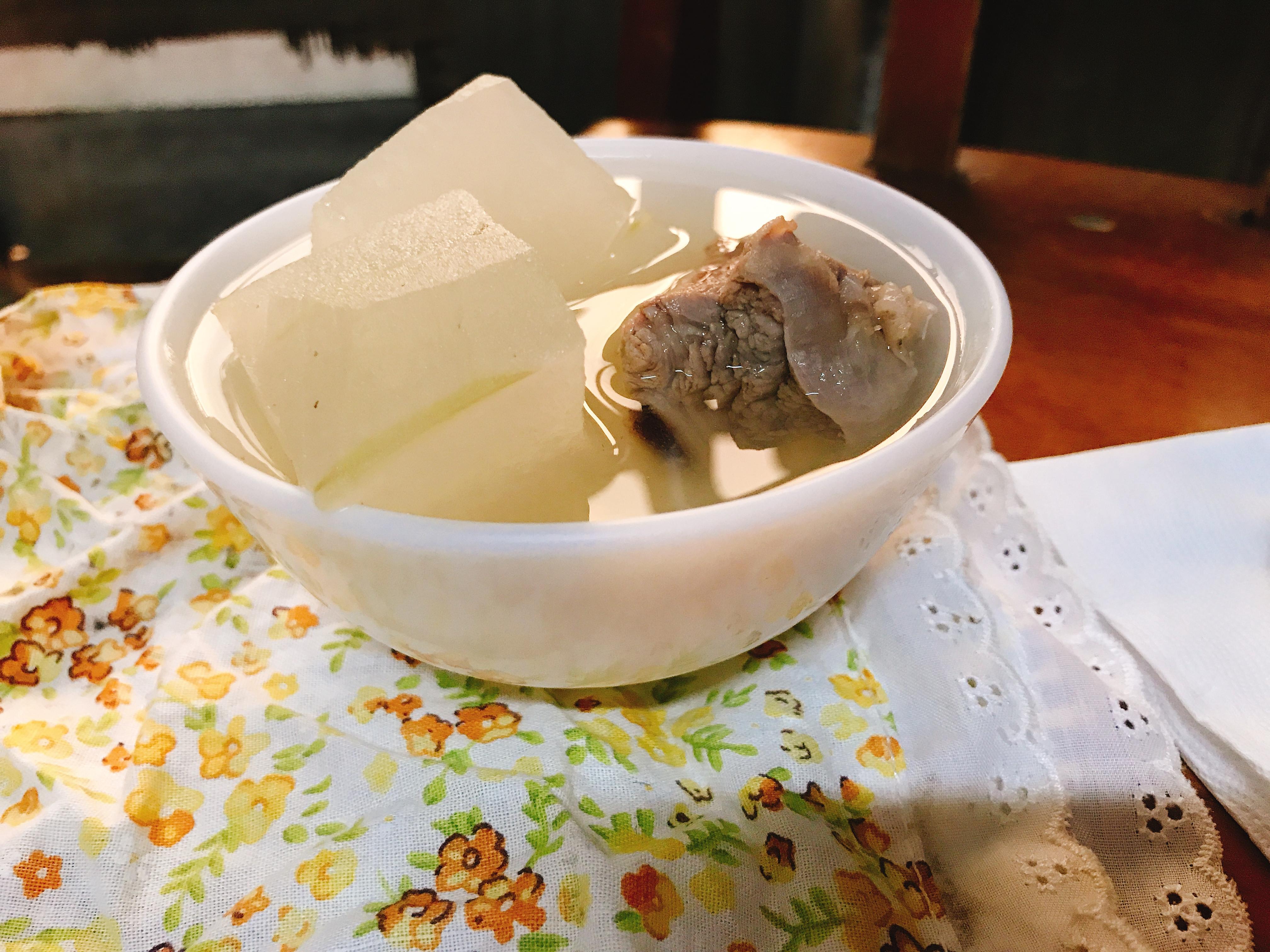 清涼消暑冬瓜排骨湯