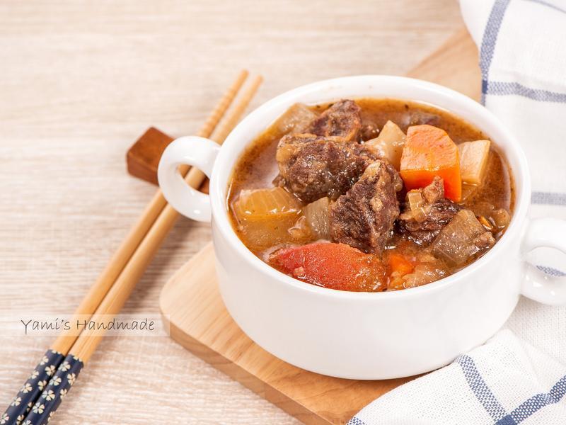番茄燉牛肉【家常料理】【電子鍋料理】