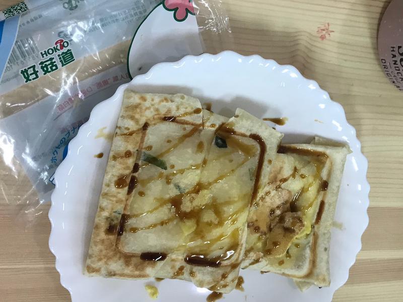伪三明治吐司的菇菇蛋餅【好菇道親子食光】