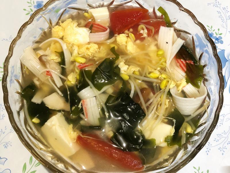 番茄黃豆芽蔬菜湯